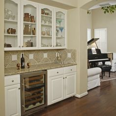 Butler Pantry - Wine Storage except upper cabinets not all glass maybe wine bottle shelving Wine And Coffee Bar, Coffee Bars In Kitchen, Traditional Kitchen Cabinets, Upper Cabinets, Cupboards, Bar Cabinets, Built In Hutch, Tv Decor, Wine Fridge