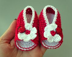 Crochet Baby sandals, Summer sandals, Custom baby shoes, Fashion baby, Baby accessories with ladybug application - Red sandals Red Sandals, Summer Sandals, Crochet Baby Sandals, Pregnancy Gifts, Christening Gifts, Baby Born, Little Bag, Crochet For Kids, Baby Booties