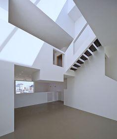 Gallery of Fabric Façade Studio House / CC-Studio + Studio TX + Rob Veening - 10 Studio House, Studio Studio, Loft Stairs, Tiny Living, Architectural Elements, Studio Apartment, Exterior Design, Facade, House Design