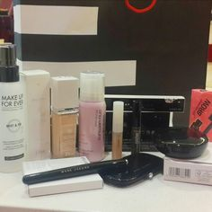 New makeup gear Mufe dior Shu Uemura benefit Marc Jacobs  Makeup artist Jakarta Indonesia  Www.rinmakeup.com