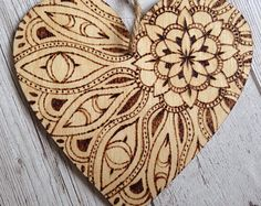 Hand Burned Wooden Hanging Heart, 15cm, pyrography, wood heart, home decoration, rustic, mandala, pattern, flower, beech wood Wood Burning Tips, Wood Burning Techniques, Wood Burning Crafts, Wood Burning Patterns, Wood Patterns, Wood Crafts, Diy Wood, Wood Burning Stencils, Stencil Wood