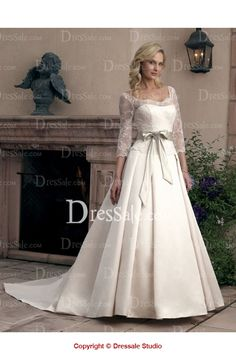 Distinguish Lace Satin Gown with Ribbon and Brooch