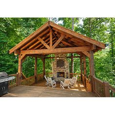 Escape to Blue Ridge Cabin called Bearly Behaving just added this outdoor living area!