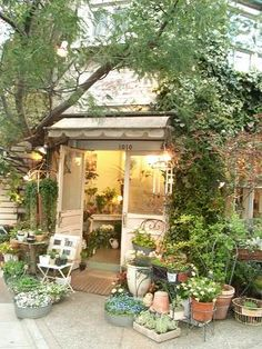 magical, quaint looking florist shop Garden Shop, Garden Cottage, Home And Garden, Outdoor Spaces, Outdoor Living, Jardin Decor, Green Street, She Sheds, Deco Floral