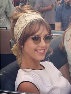 Jessica Alba  new movie Dear Eleanor shooting  60's style
