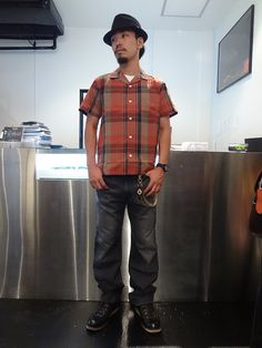 MESH HAT http://www.rams-web.com/products/detail4517.html S/S DIAMOND DOBBY PATTERN CHECK SHIRT http://www.rams-web.com/products/detail4484.html USED SLIM STRAIGHT DENIM PANTS http://www.rams-web.com/products/detail4169.html PEANUT STUDS WALLET CHAIN http://www.rams-web.com/products/detail4219.html