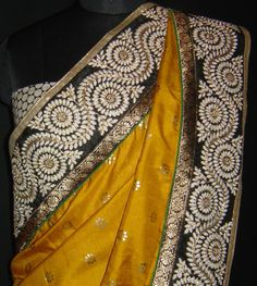 Silk saree with contrast pleats and heavy borders. For orders and inquiries, please mail us at naari@aninditacreations.com.  Like our page www.facebook.com/naari.aninditacreations