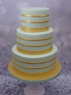 Bruidstaart mint en goud. Weddingcake mint and gold. Gold Cake, Cake Toppers, Mint, Desserts, Food, Golden Cake, Weddings, Peppermint, Tailgate Desserts