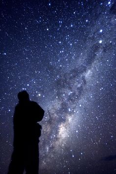 Is there really a place on earth where the sky looks like this? That would be an amazing sight...