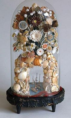 Victorian Shell Arch With Tiny Ships Floating Below. Glass Dome Display, Glass Domes, Seashell Art, Seashell Crafts, The Bell Jar, Bell Jars, Cloche Decor, Seashell Projects, Shell Game