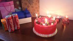 first birthday food 17th Birthday, Birthday Bash, Girl Birthday, Birthday Parties, Birthday Wishes Quotes, Friend Birthday Gifts, Cute Wallpaper Backgrounds, Cute Wallpapers, Rain Wallpapers
