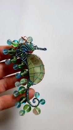 Diy Wire Jewelry Rings, Wire Jewelry Designs, Handmade Wire Jewelry, Wire Wrapped Jewelry, Jewelry Art, Jewelry Making, Jewlery, Beaded Crafts, Diy Crafts Jewelry