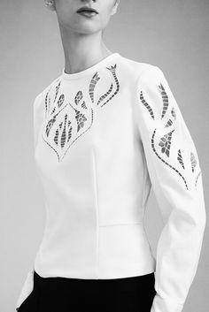 Yigal Azrouël Resort 2016 Fashion Show Collection Fashion Week, Runway Fashion, Fashion Show, Fashion Looks, Womens Fashion, Fashion Trends, Peplum Shirts, Fashion Details, Fashion Design