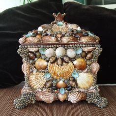 One of my early chests...by Sandi Johnston www.sandisshellscapes.etsy.com