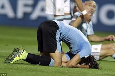 Edinson Cavani buries his head in the turf after seeing a chance go begging…