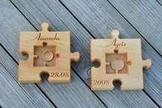Ringkissen - Holz Ring Kissen für Hochzeit, Holz Dekor - ein Designerstück von KLIKKLAKBLOCKS bei DaWanda
