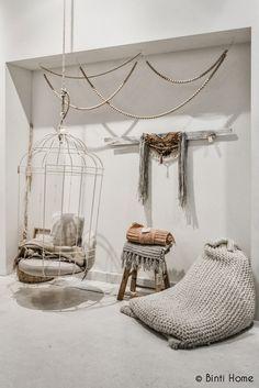 Blog del mes: inspiración DECO!http://petitecandela.blogspot.com.es/2013/11/ideas-interiores-nordicos-naturales.html velas, decoración, candles, design