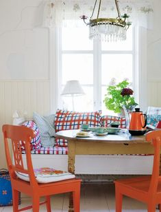 Dreaming of a Home to Call Our Own: Photo Swedish House, Colorful Chairs, Red Chairs, Interior Decorating, Interior Design, Blog Deco, Scandinavian Home, Home Bedroom, Interior Inspiration
