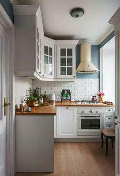 Cozinha com fogão de canto