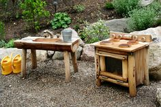 amazing Top 20 of Mud Kitchen Ideas for Kids Mud kitchen (also known as an outdoor kitchen or mud pie kitchen) is one of the best resources in DIY projects for kids to play outside as kids playhouse. Outdoor Play Kitchen, Mud Kitchen For Kids, Kids Outdoor Play, Outdoor Play Spaces, Kids Play Area, Outdoor Learning, Outdoor Fun, Kitchen Ideas, Pie Kitchen