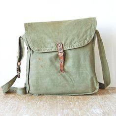 Green Canvas Military Bag Messenger Distressed by singulars