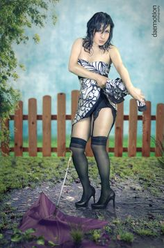 Les compartimos una fotografía mas de Pin-up alternativo, con Janett Aguiñaga, bonita tarde!!   Producer: Daemotion photography Photographer: Dorian Dae Art Designer: Sol Hurt
