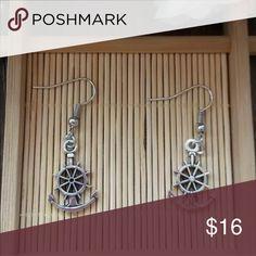 Cute Silver Anchor Boat Wheel Earrings Brand New #E088 Jewelry Earrings