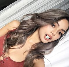 Side Swept Waves for Ash Blonde Hair - 50 Light Brown Hair Color Ideas with Highlights and Lowlights - The Trending Hairstyle Ash Brown Hair Color, Hair Color And Cut, Light Brown Hair, Light Brown Ombre, Ombre Hair Color, Chocolate Hair, Chocolate Brown Hair Color, Ashy Hair, Ashy Brown Hair Balayage
