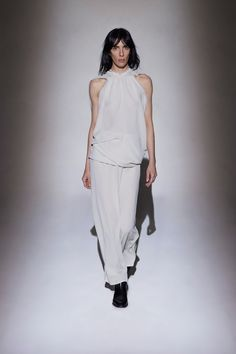 http://www.vogue.com/fashion-shows/fall-2016-ready-to-wear/row/slideshow/collection