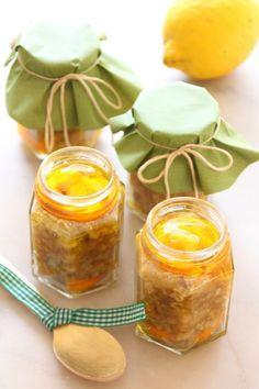Zitronen-Walnuss-Pesto mit karamellisierten Orangen Zitronen-Walnuss-Pesto mit kandierten Orangen (Bildquelle: Living & Green)