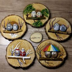 Chrismukkah decoration idea with painted rocks Stone Crafts, Rock Crafts, Diy Christmas Gifts, Holiday Crafts, Fun Crafts, Diy And Crafts, Crafts For Kids, Christmas Decorations, Christmas Ornaments