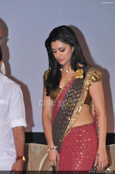 Love this saree blouse design   more jewels please    saree blouse design