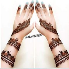 Back hand mehndi designs gives a classy shade and it looks too beautiful over the back hand of a lady in Indian,Arabic and Pakistani style. Best Arabic Mehndi Designs, Pretty Henna Designs, Hena Designs, Floral Henna Designs, Back Hand Mehndi Designs, Modern Mehndi Designs, Latest Mehndi Designs, Mehndi Design Pictures, Mehndi Images