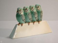Édouard Marcel Sandoz  Groupe de quatre perruches   Porcelaine émaillée    1926