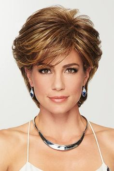 Gratitude by Eva Gabor Wigs - Heat Friendly Synthetic Wig Short Shag Hairstyles, Short Layered Haircuts, Bob Hairstyles For Fine Hair, Haircut For Thick Hair, Short Hairstyles For Women, Short Bobs, Short Highlighted Hairstyles, Medium Layered Bobs, Hairstyles For Over 60