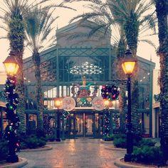 Port Orleans French Quarter Resort.- I've stayed here twice- in Dec 2007, & Nov/Dec 2012  Great Resort :)