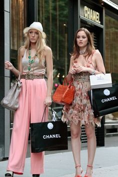 9 Vogue Classes I Learned From The Queen Of The Upper East Side, Gossip Girl's Blair Waldorf Gossip Girl Blair, Gossip Girl Jenny, Gossip Girl Chuck, Gossip Girls, Moda Gossip Girl, Gossip Girl Serie, Estilo Gossip Girl, Blair Waldorf Gossip Girl, Gossip Girl Outfits