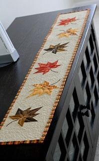 Fall Applique Patterns Free Fall Applique Templates and Patterns MoreFree Fall Applique Templates and Patterns Table Runner And Placemats, Quilted Table Runners, Fall Table Runner, Thanksgiving Table Runner, Patchwork Table Runner, Halloween Table Runners, Burlap Table Runners, Patchwork Pillow, Christmas Table Runners