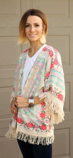 Boho Floral Fringe Kimono  http://rstyle.me/n/nd2iepdpe