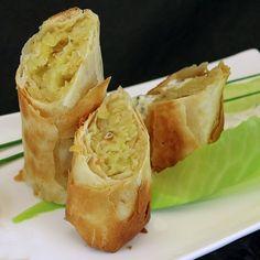 Krautstrudel für Speck-Vegetarier Sauerkraut, Spanakopita, Couscous, Cabbage, Brunch, Food And Drink, Yummy Food, Snacks, Vegetables