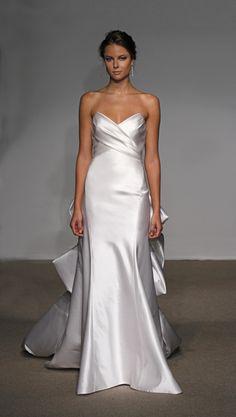 Pretty sweetheart mermaid style wedding dress