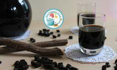 LIQUORE ALLA LIQUIRIZIA Sweet Life, Red Wine, Alcoholic Drinks, Sweets, Homemade, Tableware, Glass, Recipes, Food