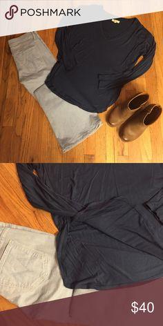 Madewell Side Slit Long Sleeve Simple, soft. No flaws. Madewell Tops Tees - Long Sleeve