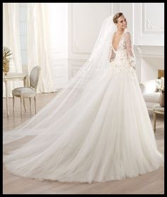 Hey future brides, check out this post, named Elie by Elie Saab Bridal 2014 Collection for Pronovias. It gives you a wonderful collection of wedding gowns. Pronovias 2014, Pronovias Wedding Dress, Lace Wedding Dress, Wedding Dresses 2014, Luxury Wedding Dress, Bridal Dresses, Wedding Gowns, Tulle Wedding, Dresses 2013