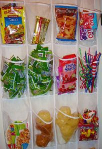 A shoe organizer is perfect for the pantry. 41 Creative DIY Hacks To Improve Your Home Diy Hacks, Home Hacks, Do It Yourself Organization, Dorm Organization, Organizing Ideas, Organising, Organization Station, Organizing Life, Hanging Organizer