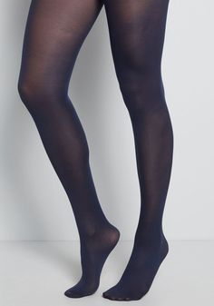 Enjoying your favorite warm-weather clothes year 'round is a cinch now that you've welcomed these navy blue tights into your wardrobe! These semi-sheer stockings in a very versatile shade wear wonderfully with your feminine floral dresses and look gamine-chic when layered under cuffed shorts paired with a button-up Oxford. However you model these pretty tights, you're sure to stay both cozy and cute in any climate! Navy Blue Tights, Black Tights, Look Gamine, Colored Tights, Black Pantyhose, Pantyhose Outfits, Pantyhose Heels, Nylons, Sheer Tights