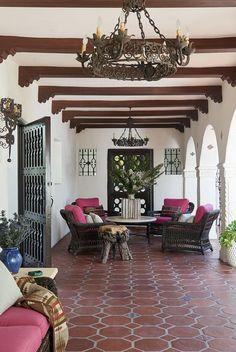 28 Charming Front Porch Ideas - Chic Porch Design and Decorating Tips Hacienda Style Homes, Spanish Style Homes, Spanish House, Spanish Colonial, Spanish Revival, Spanish Style Interiors, Spanish Patio, Hacienda Decor, Spanish Design