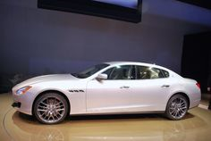 Амбициозный 2013 Maserati Quattroporte