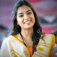 Beauty Pictures: Nazriya Nazim Cute Celebrities, Indian Celebrities, Celebs, Prettiest Actresses, Beautiful Actresses, South Indian Actress Photo, Nazriya Nazim, Cute Girl Poses, Farewell Dresses