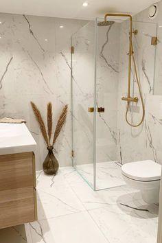 Shower Remodel, Bathroom Interior Design, Living Room Design Small Spaces, Best Bathroom Designs, Home Decor, Amazing Bathrooms, Home Decor Store, Home Decor Shops, Bathroom Decor